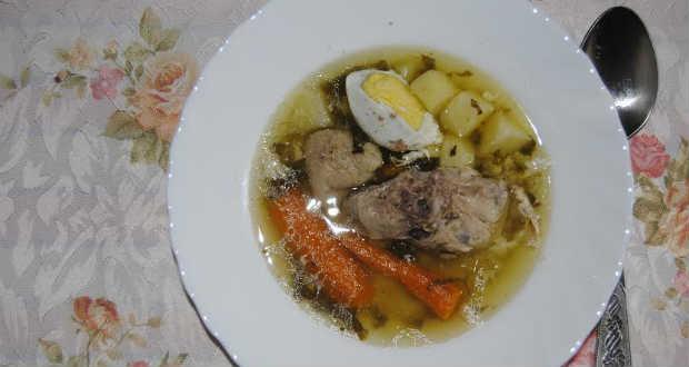 Sóskaleves buggyantott tojással recept