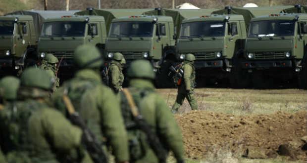 Kijev: 60 ezer orosz katona van a megszállt ukrán területeken és az ország határánál