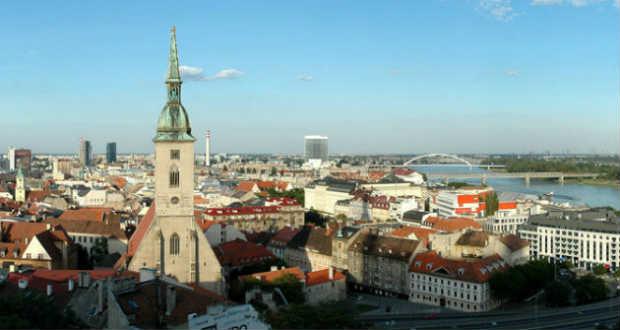 Gyorsan szaporodnak Szlovákiában a pártok