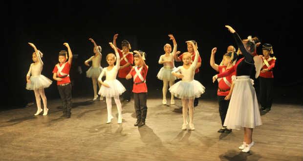 Jótékonysági koncert a táncért