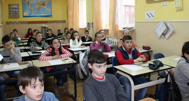 Lezajlott a Zrínyi Ilona matematikaverseny