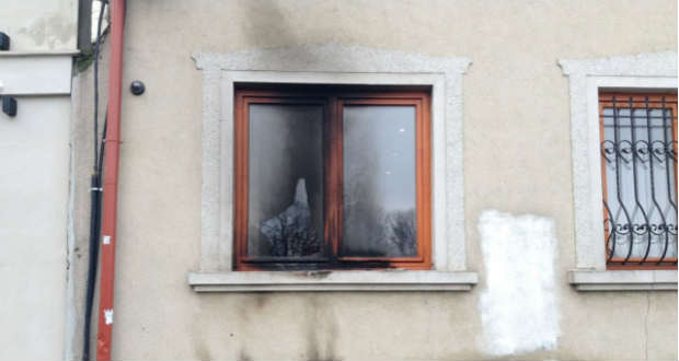 Német újságíró kihallgatását kérték a KMKSZ-székház elleni támadás miatt folyó perben