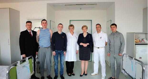 Újabb ukrán katonák érkeztek magyarországi gyógykezelésre