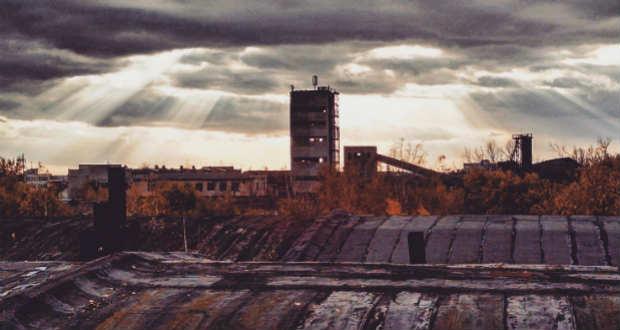 Múltfogyatkozás: A tetőn