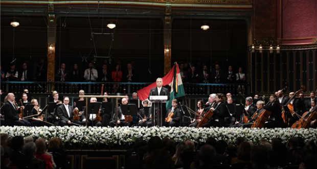 Az 1956-os forradalomra emlékezett a magyarság