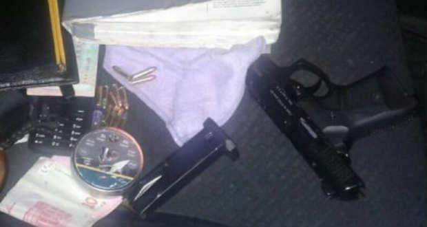 Pisztolyt és metamfetamint találtak egy férfinál az Ilosvai járásban