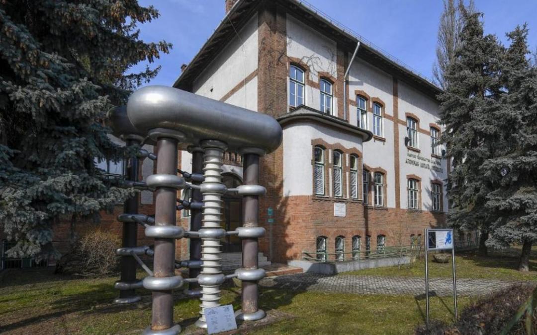 Nemzetközi radiokarbon kompetencia és képzési központ alakul Debrecenben