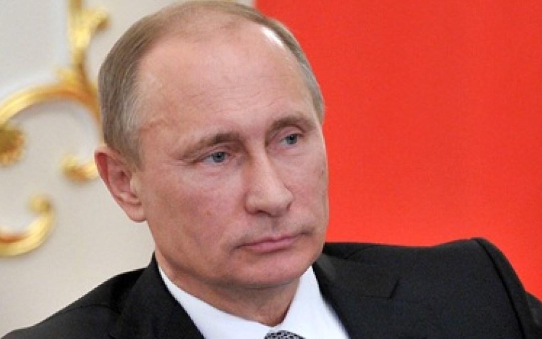 Putyin: példátlan a Minszkre nehezedő külső nyomás