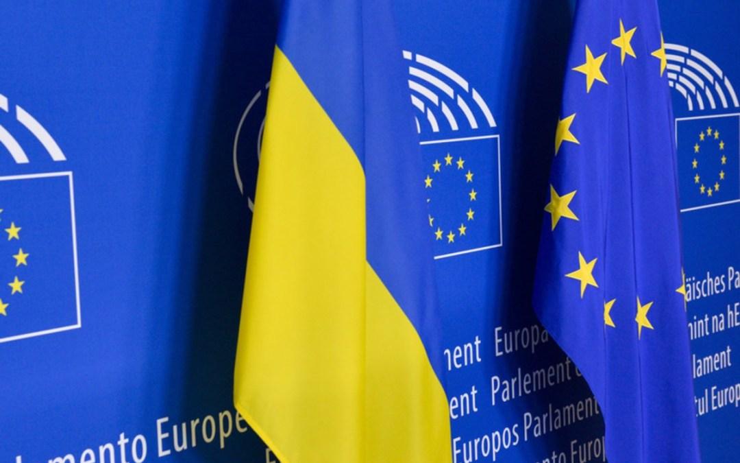 EP-képviselők: Oroszország súlyos árat fizetne, ha megszállná Ukrajnát