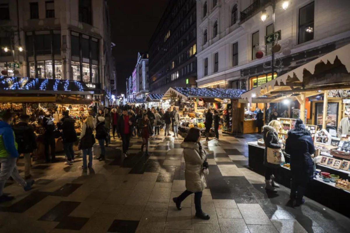 Vörösmarty téri karácsonyi vásár 2019