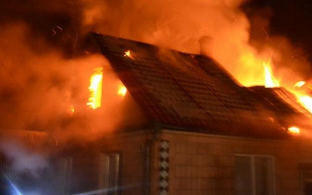 Kigyulladt egy családi ház Ungváron