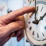 Első olvasatban elfogadták az óraátállítás eltörlését