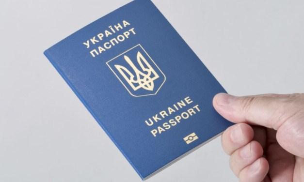 A külképviseleten is átvehetik útleveleiket az ukrán állampolgárok