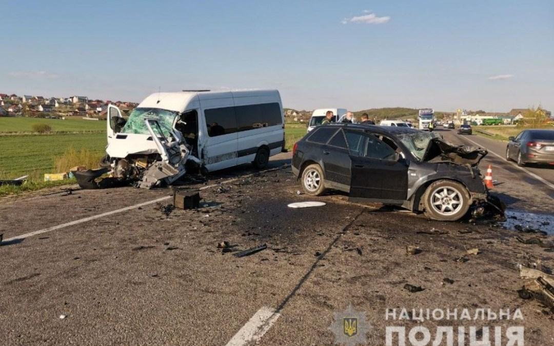 Egy család vesztette életét egy közúti balesetben a Kijev-Csap autóúton