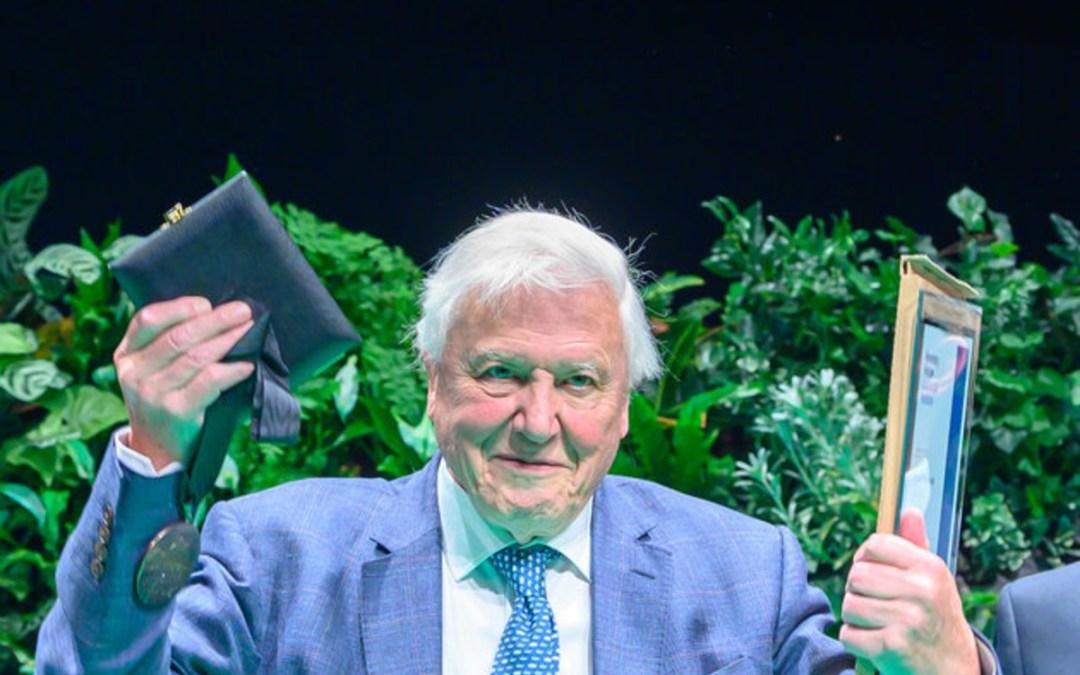 Életét a természet bemutatásának, majd védelmének szentelte David Attenborough