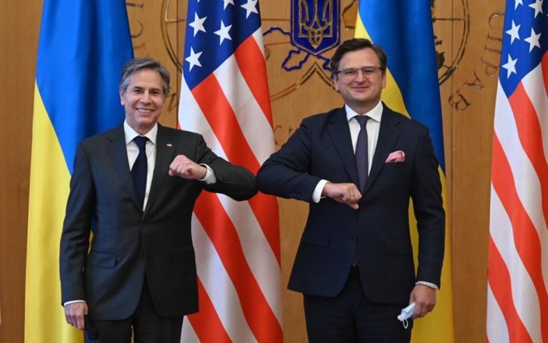 Blinken az Egyesült Államok támogatásáról biztosította Ukrajnát