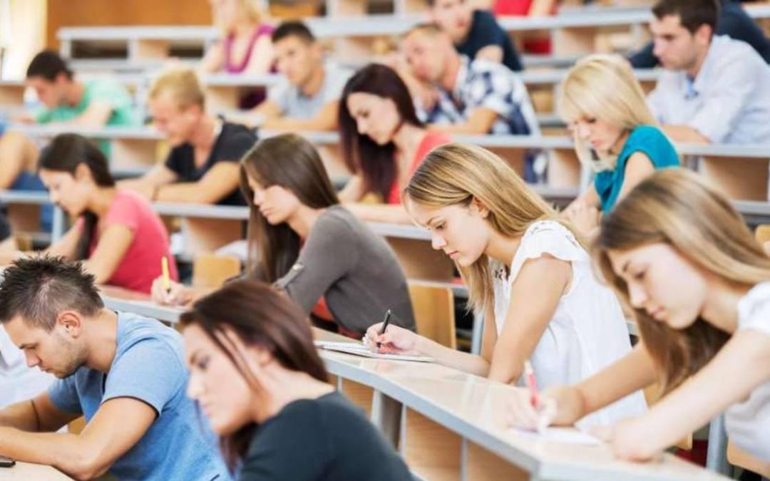Bármilyen nyelven engedélyeznék a külföldi diákok oktatását Ukrajnában