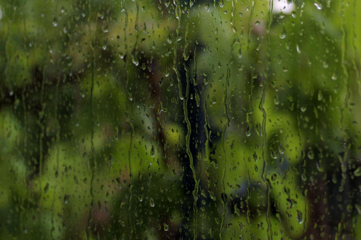 esős ablak
