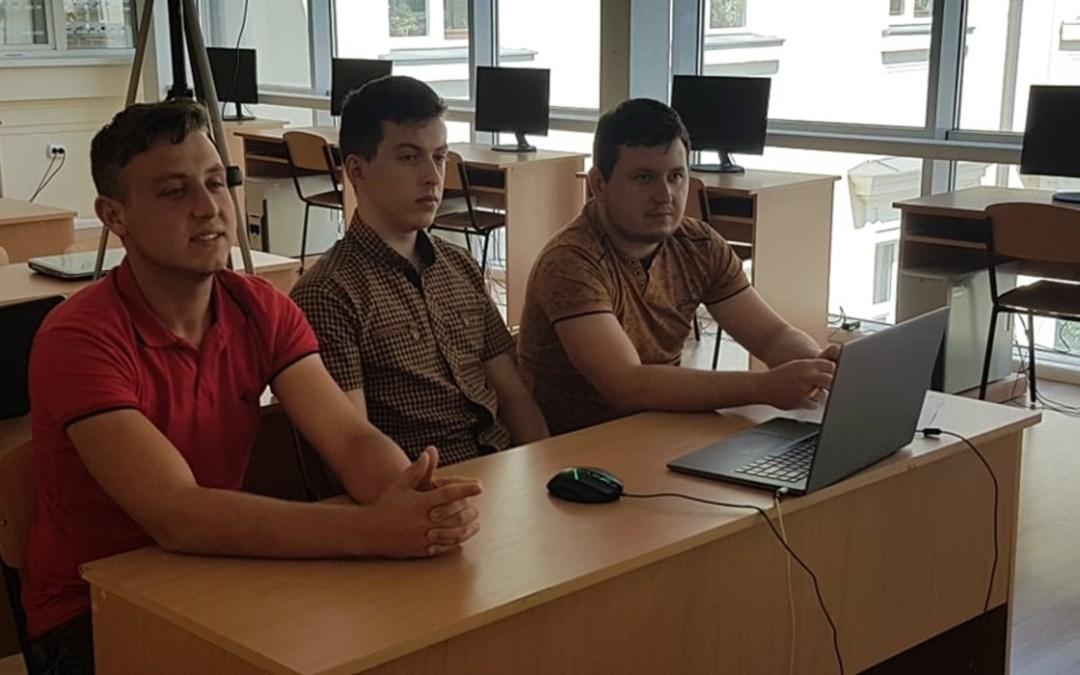 Online informatikavetélkedőn vettek részt a Rákóczi-főiskola diákjai