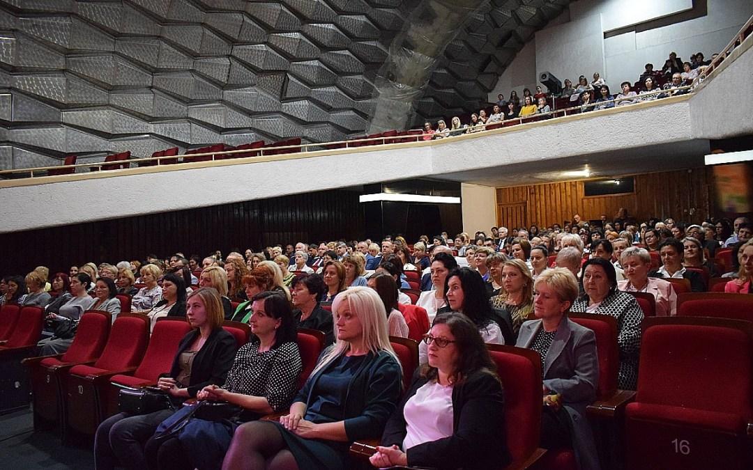 Közoktatási dolgozók konferenciája Beregszászban
