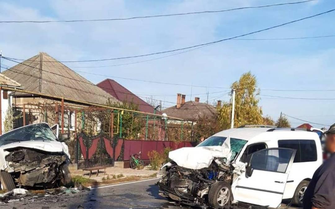 Két autó ütközött össze Mezőterebesen