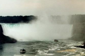2001, Ausflug an die Niagara Falls