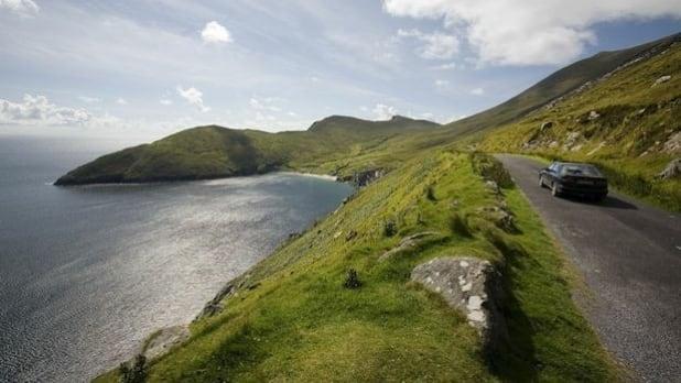 618_348_driving-irelands-wild-atlantic-way