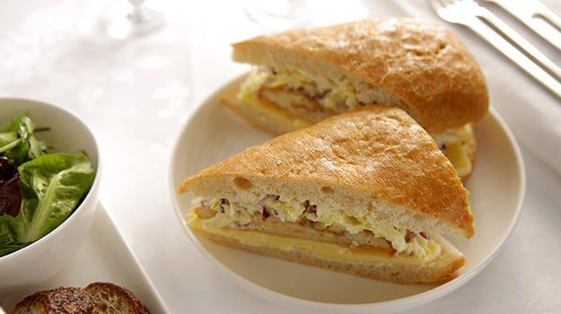 Schnitzel_sandwich-karryon