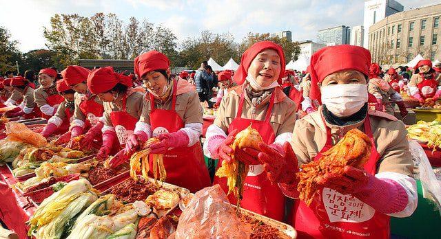 Discover-the-Korean-Kimchi-Festival-karryon