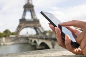 Paris-smartphone-karryon