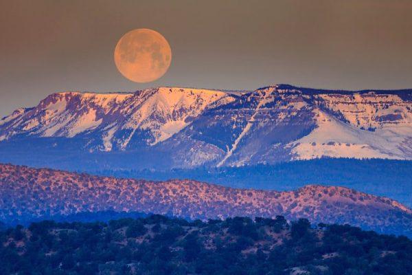 moonlit-sky-karryon
