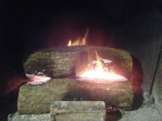 09h00 - Une bonne flambée pour réchauffer la maisonnée