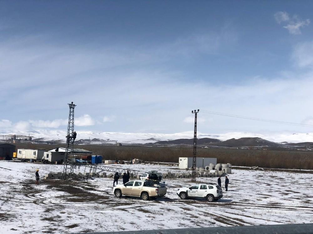 'Kar Kaplanları'nın zorlu mesaisi devam ediyor