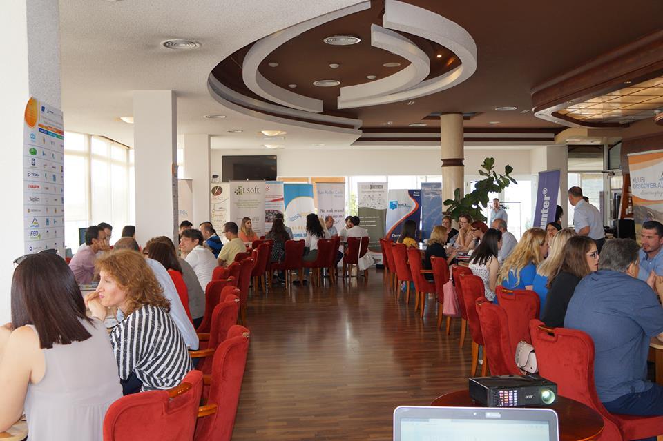 """Qendra Youth pjesëmarrëse në eventin """"Prezantim i modeleve të sipërmarrjeve - Partneritet me Biznesin"""""""
