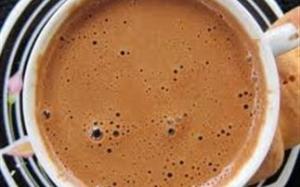 Η καφεΐνη συνδέεται με διαταραχές στον ύπνο