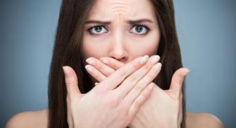 Κακοσμία στόματος: Αίτια και 5 μυστικά για να μην μυρίζει το στόμα σας