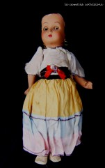 bambola con orecchini e gonna a righe -la camelia collezioni
