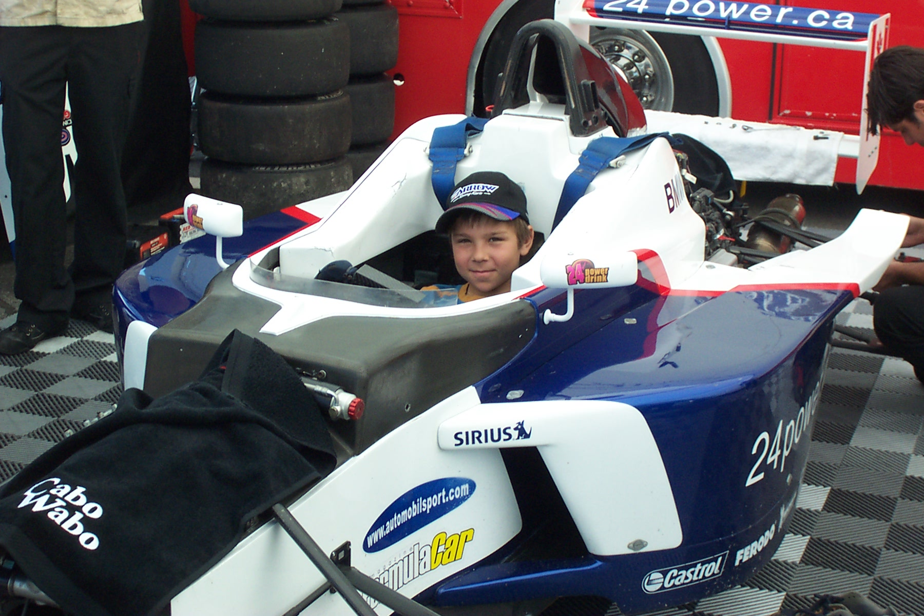 Olivier Bedard in the Formula BMW of Jeffrey Petriello