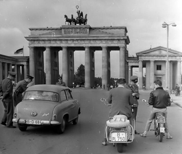 Objetos de la cultura popular en la RDA