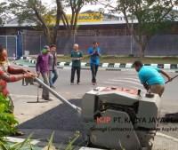 Aspal Hotmix Pembuatan Polisi Tidur Terminal cargo Bandara Soekarno Hatta Tangerang