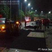 Perbaikan Jalan di Rest Area Cibubur