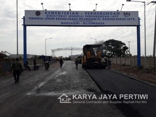 Pengaspalan Pelapuhan Bandar Bakau Jaya Bojonegara, jasa Pengaspalan Cilegon, Kontraktor Pengaspalan jalan, Jasa Perbaikan Jalan