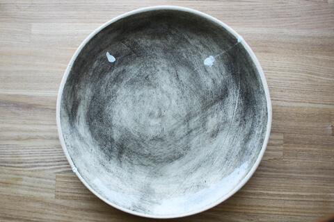 自分の手で「割れた陶器」を補修する。その2. 塗り編