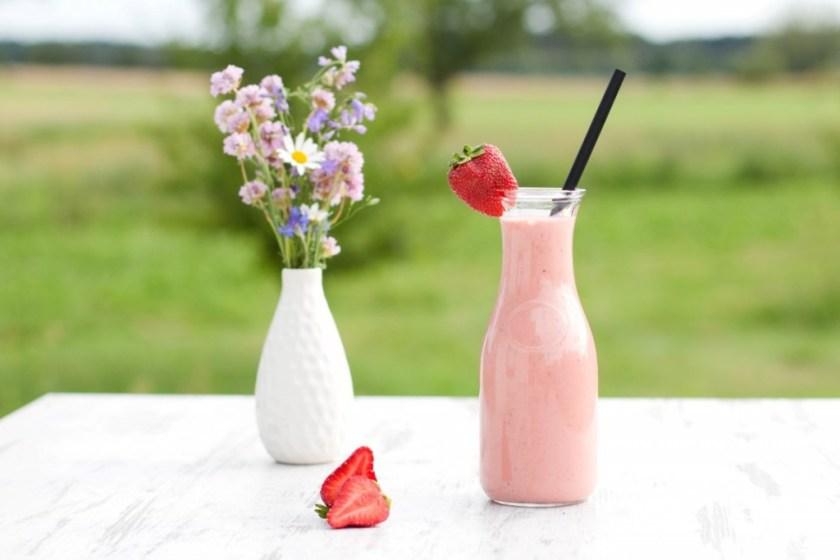 Erdbeer-Rhabarber-Shake-3