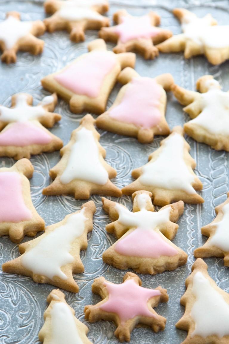 Rezept-Weihnachtsplätzchen-Weihnachtskekse-mit-Zuckerguss-13