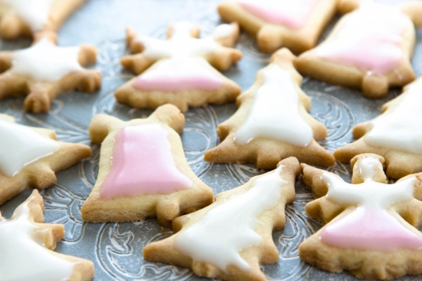 Rezept-Weihnachtsplätzchen-Weihnachtskekse-mit-Zuckerguss-5