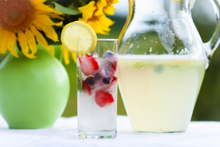 Limonade-Zitronenlimonade-Rezept-02
