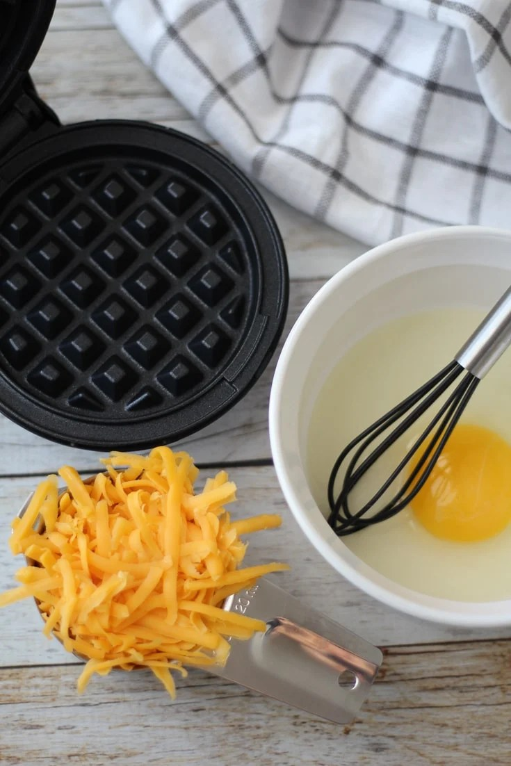 ingredients for keto chaffle or cheese waffle