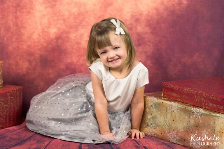 Christmas Session with Little Miss Lemon | NSL Utah Family Photographer | Kashele Photography