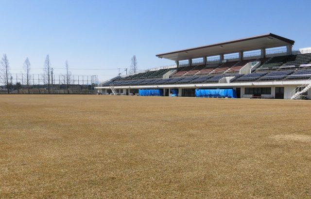 郡山西部サッカー場 屋根 福島FC 大槻公園